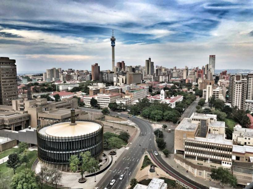 Cheap flights from Amsterdam to Johannesburg starting at €323 return in December!