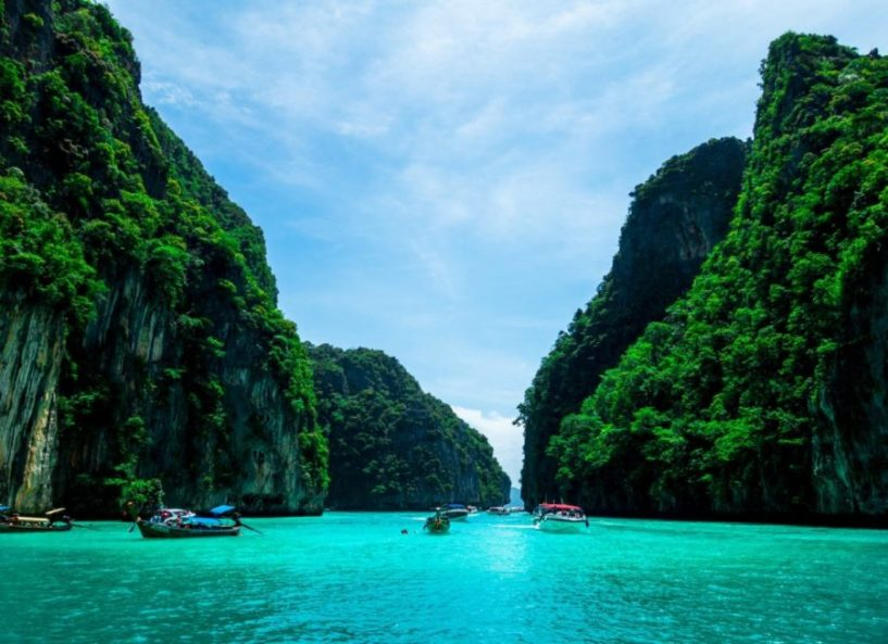 Fly from Amsterdam to Phuket for just €423 return!