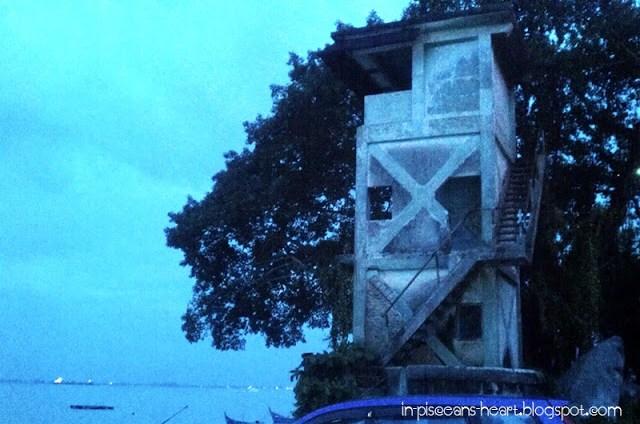 Sea Pearl Lagoon Cafe - Creepy!!! RUNNNN!!