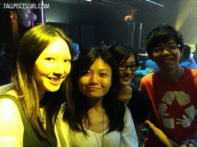 Yours truly with Yen Ling, Jennifer and Joel