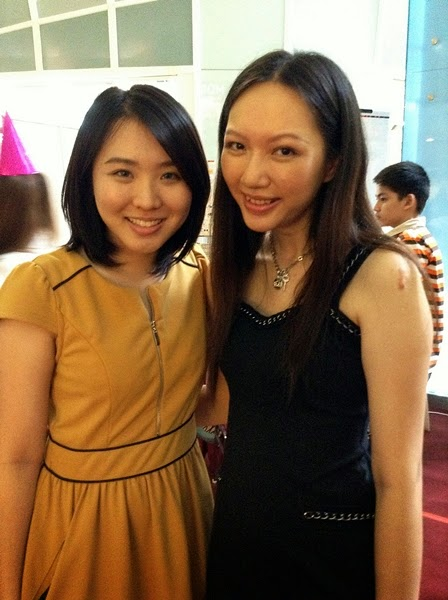 Pretty Elaine and I ♥ Oh my, I looked so tired due to my insomnia! >__<