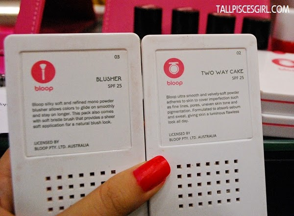 Product description for blusher and two way cake