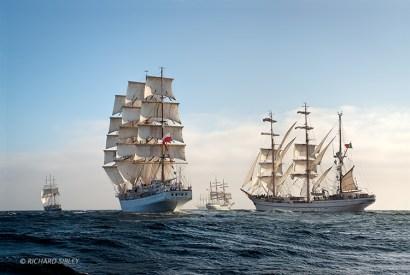 Lord Nelson, Dar Mlodziezy, Juan Sebastian de Elcano, Alexander von Humboldt ll and NRP Sagres. Race start, Lisbon 2012