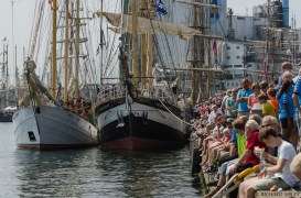 Crowd waiting to see the undocking prior to the parade of sail