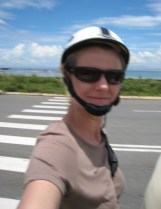 Selfie on the go. How styley is that helmet then...