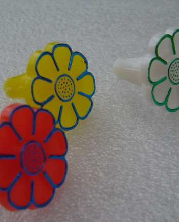 Vintage children multicolor plastic 1960's rings - lot of 3