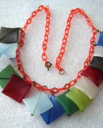 Vintage celluloid early plastic festoon necklace - bakelite style