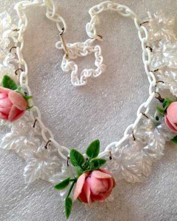 Vintage celluloid and early plastic roses & leaves necklace
