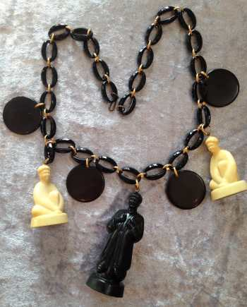 Vintage lucite early plastic chess necklace - bakelite style