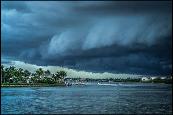 Seven 15 Minute Preps for Hurricane Preparedness