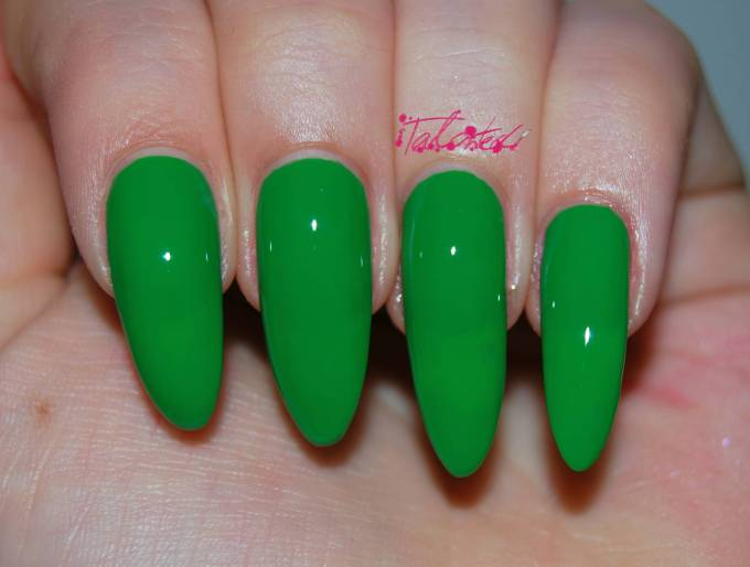 Kiko 391 Grass Green Review
