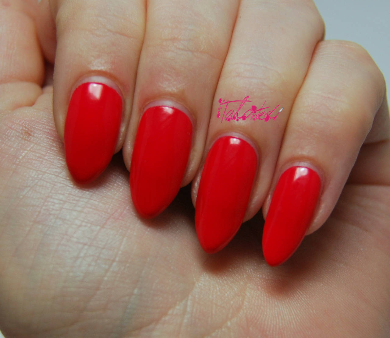 Revlon-One-Perfect-Coral-2