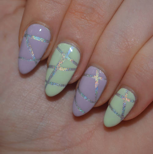Holographic stripy nail art