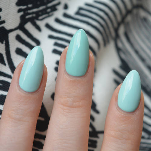 Dupe For Essie Mint Candy Apple