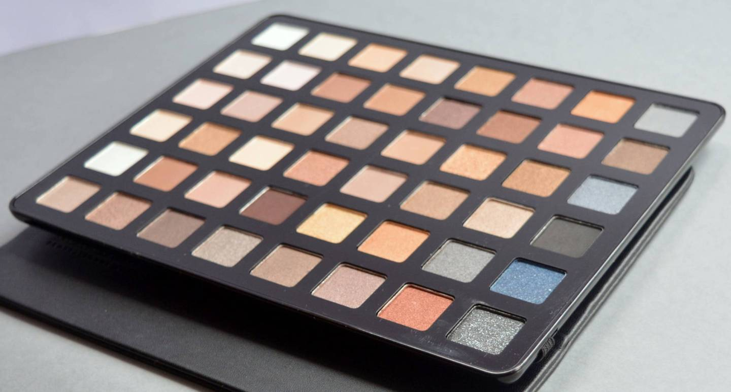 Freedom Pro Artist Black Arts Eyeshadow Palette