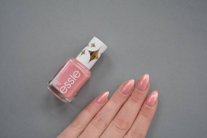essie Retro Revival Collection Bikini With A Martini