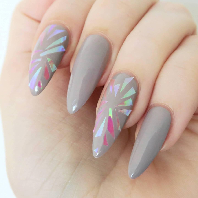 Shattered Glass manicure, shattered glass nail art // Talonted Lex