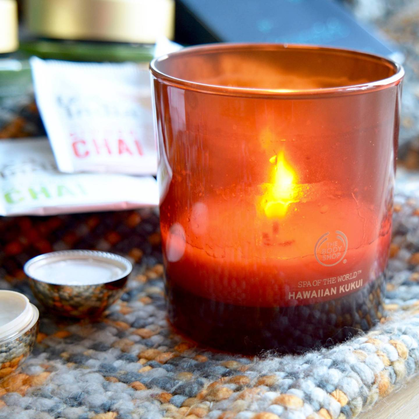 Winter Pamper - this Hawaiian Kukui candle from The Body Shop smells divine!