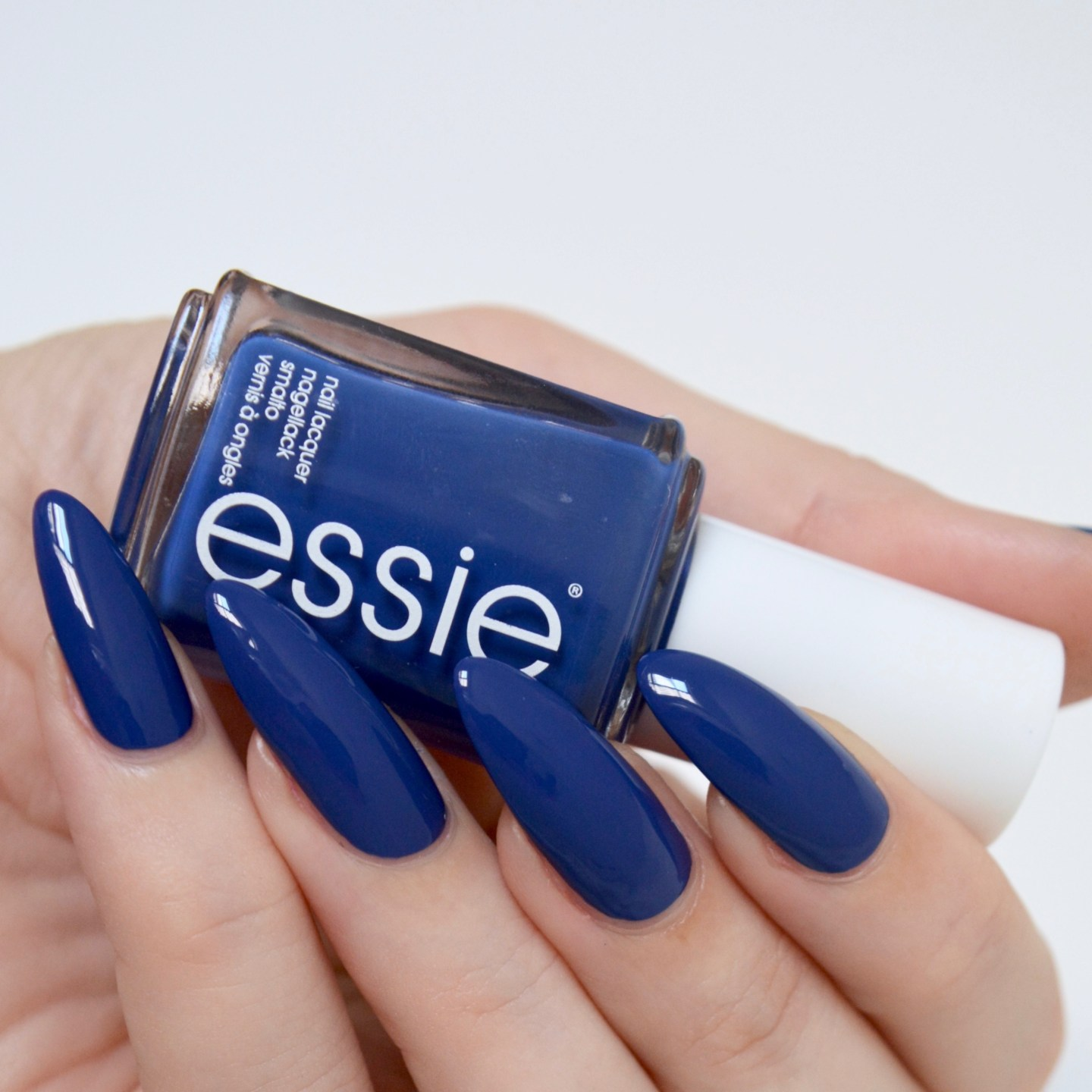 essie Spring 2017 'all the wave'