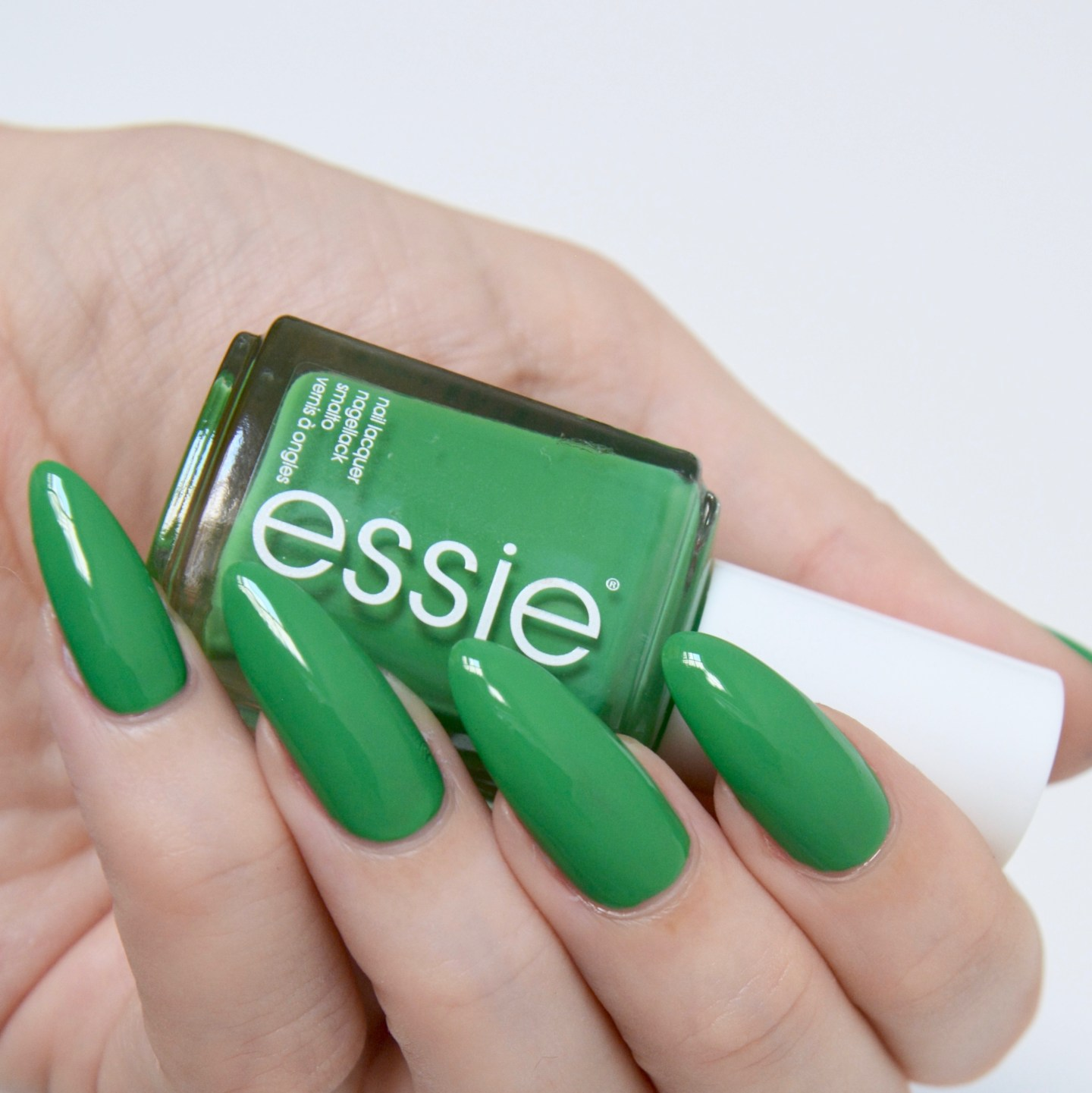 essie Spring 2017 'On The Roadie'