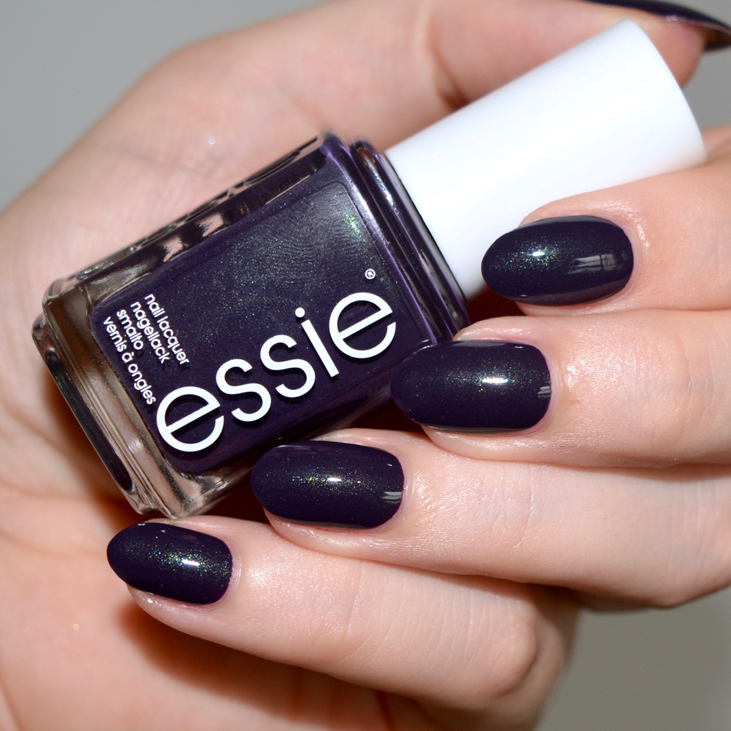 Essie Fall 2017 collection - Dress To The Nineties