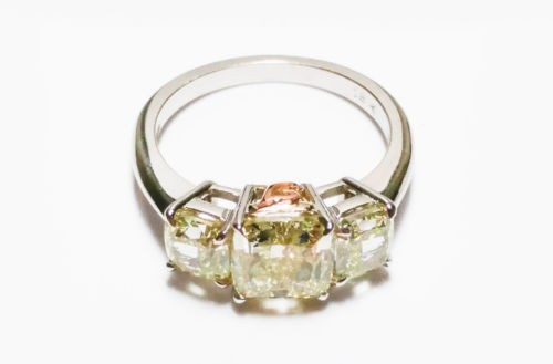 3.60ct Fancy Light Green Yellow GIA Engagement Ring SI2 3 Stones Cushion 18K