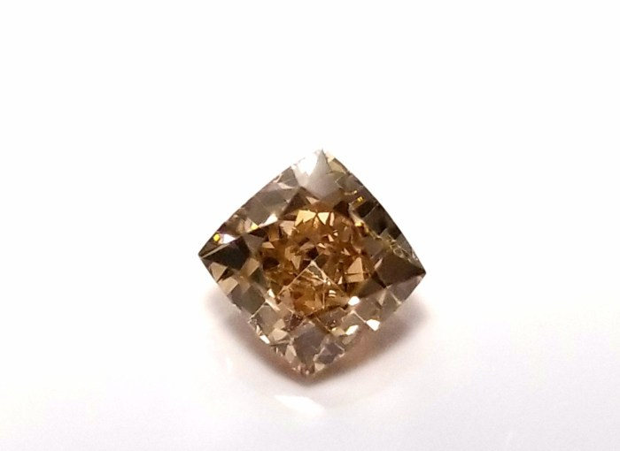Whiskey 1.01ct Natural Loose Real Fancy Brown Diamond Cushion Cut VS2 For Ring