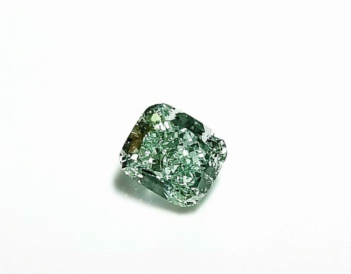 Green Diamond - 0.50ct Natural Loose Fancy Light Green Color GIA Cushion SI2