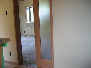 重量感のあるリビングスライドドア