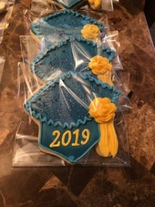 GRADUATION CAP COOKIE