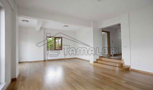 property_56f7b52a17bb7