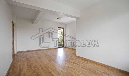 property_56f7b52c6d2f4
