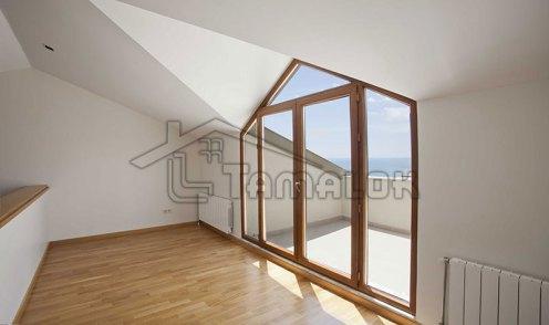 property_56f7b52f38367