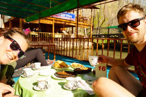 Lunch over the water in Ilhara valley