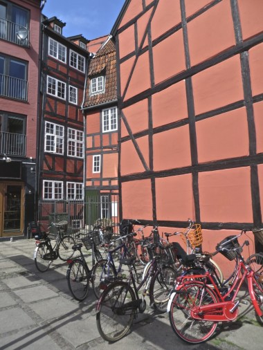 Vibrant buildings