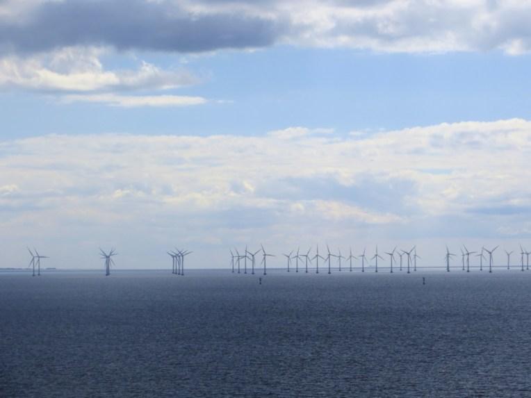 Offshore windfarms by the Oresund bridge