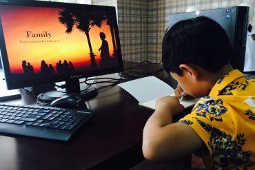 Bagikan masker N95 kepada SD Juara Pekanbaru, Taman Zakat bersinergi dengan Rumah Zakat