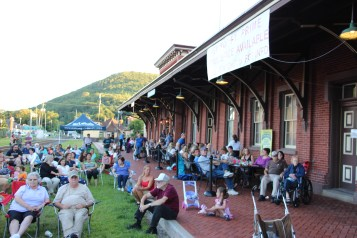 Amanda & Me perform, as part of Chamber Summer Concert Series, Train Station, Tamaqua (15)