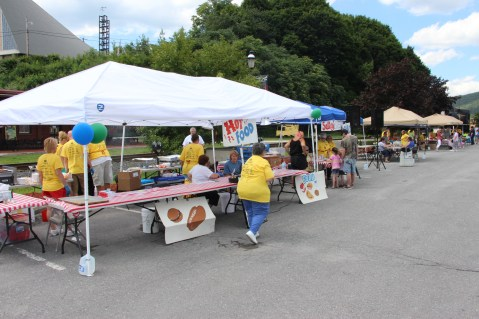 Salvation Army Kidz Karnival, Kids Carnival, Train Station Lot, Tamaqua, 8-4-2015 (12)