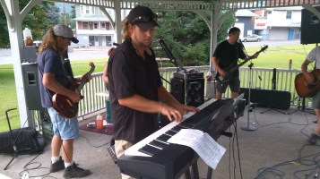 Music in the Park, Rodney Clouser Band, Kennedy Park, Lansford, 8-30-2015 (27)