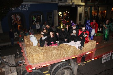 Tamaqua Lions Club Halloween Parade, Broad Street, Tamaqua, 10-27-2015 (224)