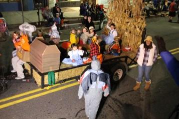 Tamaqua Lions Club Halloween Parade, Broad Street, Tamaqua, 10-27-2015 (616)