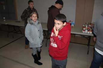 Tamaqua Troop, Pack, 777, Collecting, Sorting, Donations, Salvation Army, Tamaqua, 11-14-2015 (24)