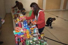 Tamaqua Troop, Pack, 777, Collecting, Sorting, Donations, Salvation Army, Tamaqua, 11-14-2015 (29)