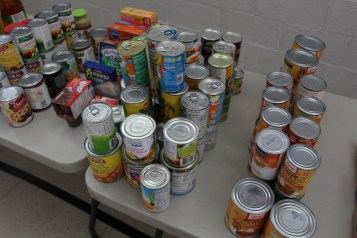 Tamaqua Troop, Pack, 777, Collecting, Sorting, Donations, Salvation Army, Tamaqua, 11-14-2015 (35)