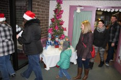 Community Members, Volunteers with Tamaqua Community Arts Center Sing Carols, Tamaqua (11)