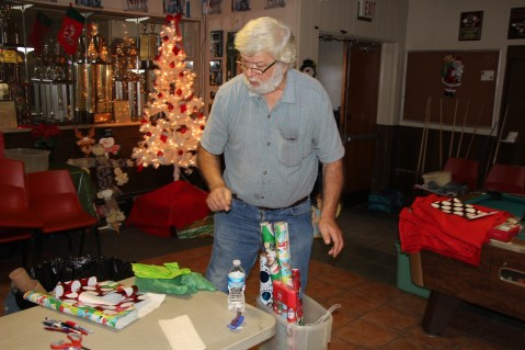 East End Fire Company Helps 27 Families for the Holidays, EE Fire Company, Tamaqua, 12-20-2015 (5)