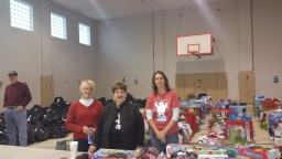 Food Basket, Angel Tree, Toys For Tots Distribution, Salvation Army, Tamaqua, 12-17-2015 (3)
