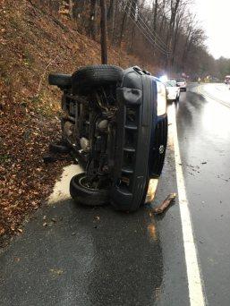 Overturned Vehicle, US209, Middleport, 12-1-2015, via Tuscarora Fire Company (2)