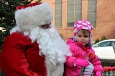 Santa Claus Stops at American Hose Company, Tamaqua, 12-20-2015 (88)